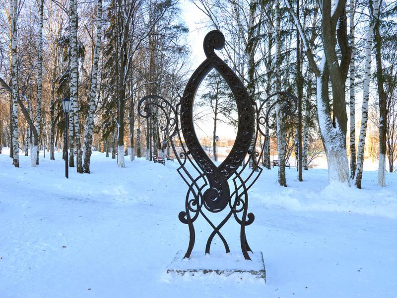 """Памятник букве """"О"""" в Вологде"""